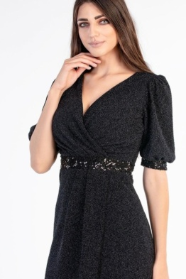 kleit must pikk